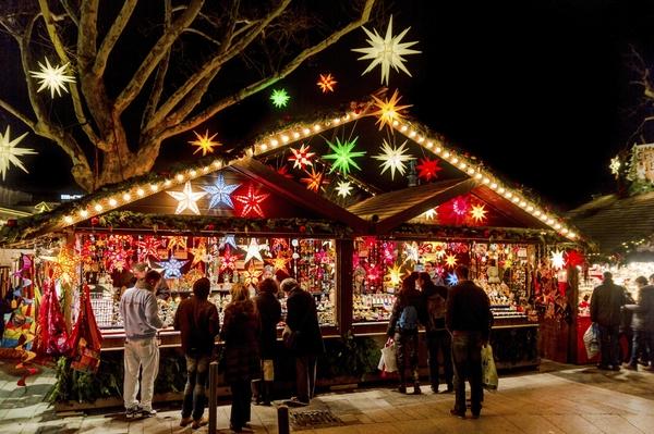 Optredens Tijdens De Kerstmarkt Binding
