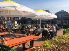 Terras open bij Van Rooijen Wervershoof