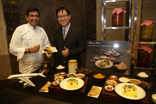 Mr. David Lim (right) General Manager, Singapore Airlines with Mr. Sanjeev Kapoor at the Ruchi Thali Tasting