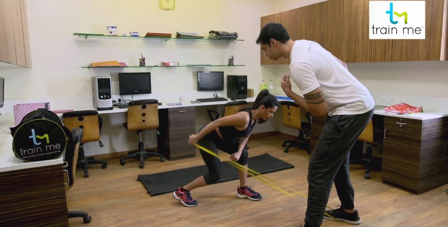 Resistance Band exercise at TrainMe