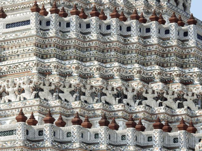 Wat Arun architecture