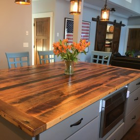 Reclaimed Oak Island Top
