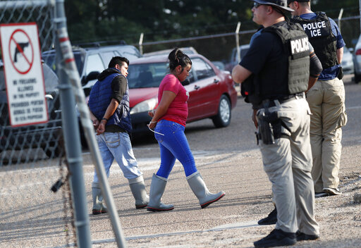 Largest US immigration raids in a decade net 680 arrests | WIVT