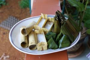 Kuih-muih: celorot, sampan, bongkol and koci