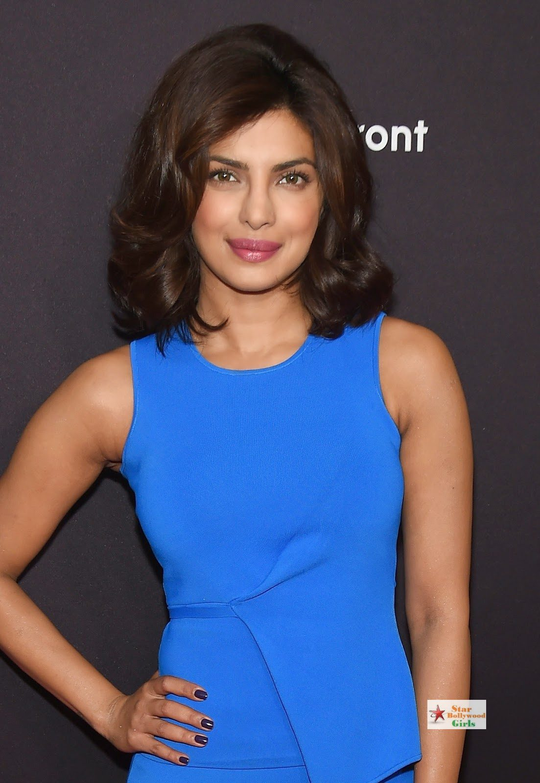 Priyanka Chopra Looks Sexy In Blue Figure Hugging Dress As She Attends The 2015 ABC Upfront At Avery Fisher Hall, Lincoln Center In New York 2