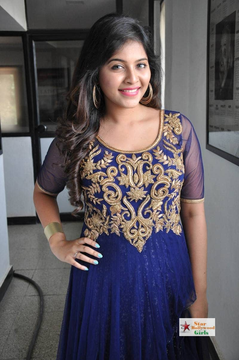 Anjali-Stills-At-Dictator-Movie-Launch-10