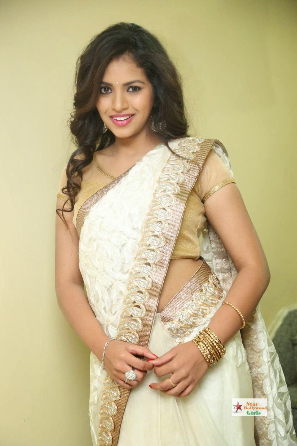 Gowthami Chowdary Photos (19)