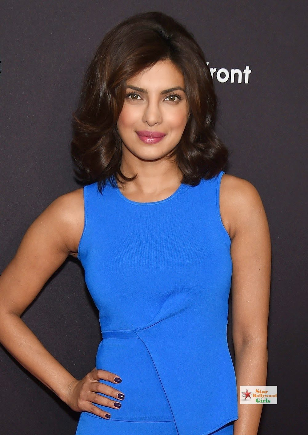 Priyanka Chopra Looks Sexy In Blue Figure Hugging Dress As She Attends The 2015 ABC Upfront At Avery Fisher Hall, Lincoln Center In New York3