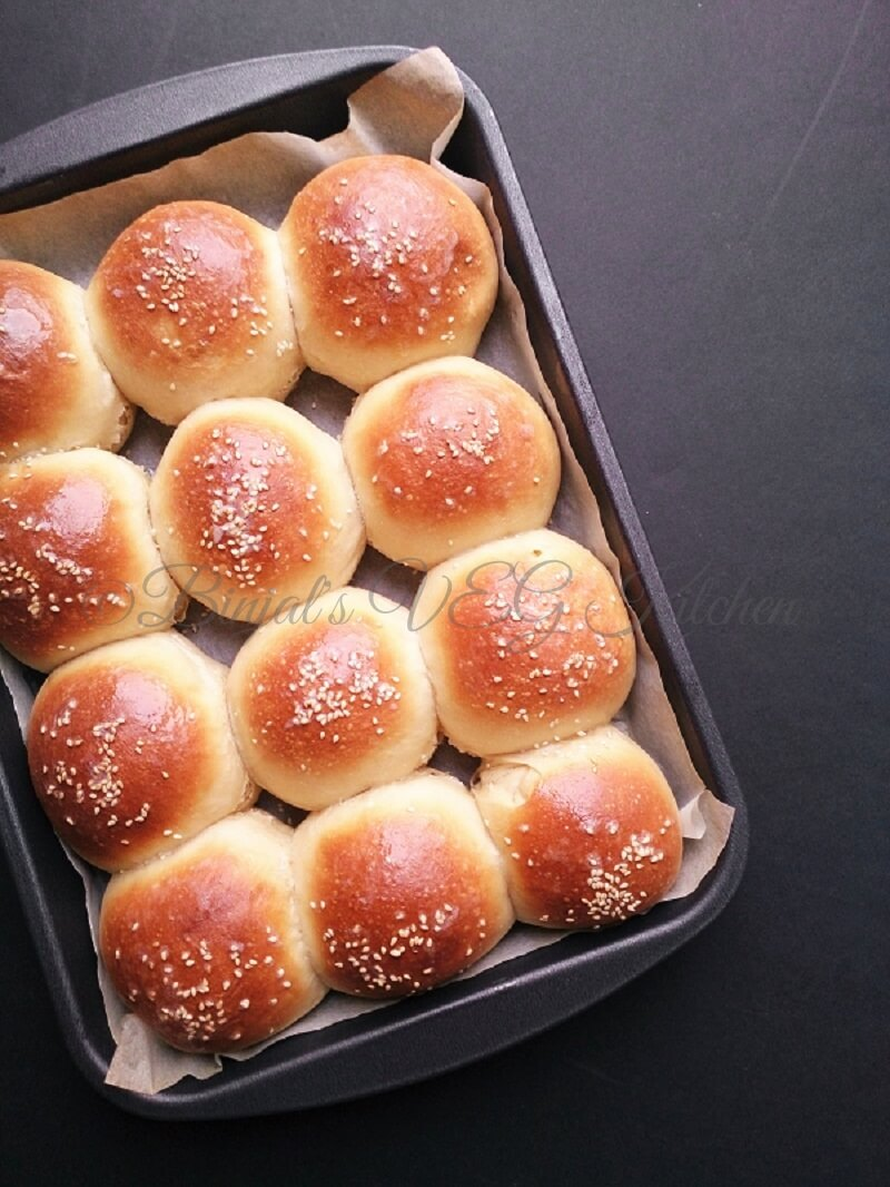 Homemade Hamburger Buns Eggless