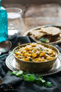 Rangooni Vaal Shaak(Lima Beans Curry)