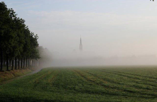 Beemster in Beeld - Middenbeemster vanaf het fietspad Middenweg