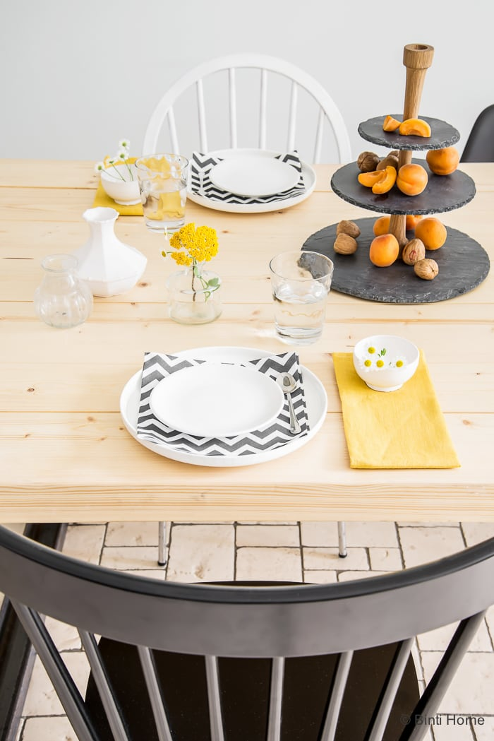 Table styling with ocher yellow black and white ©BintiHome