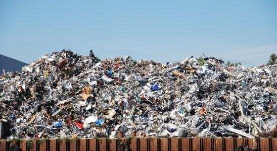 déchets en fer et en métal