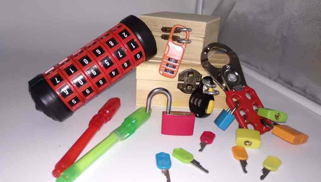 Kit de breakoutEDU o scape room