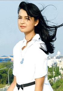 Biodata Shireen Sungkar