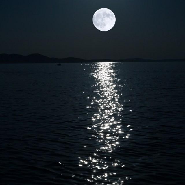 moon cortisol sleep