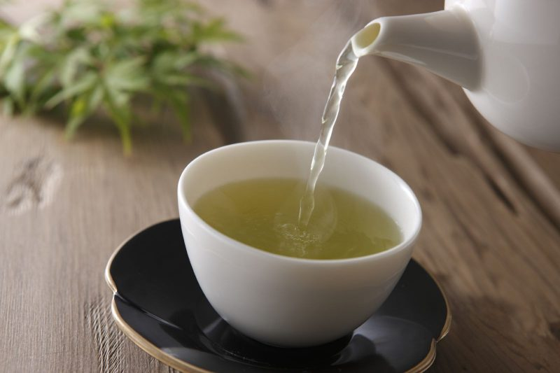 En el té verde podría estar la clave para reducir la resistencia a los antibióticos