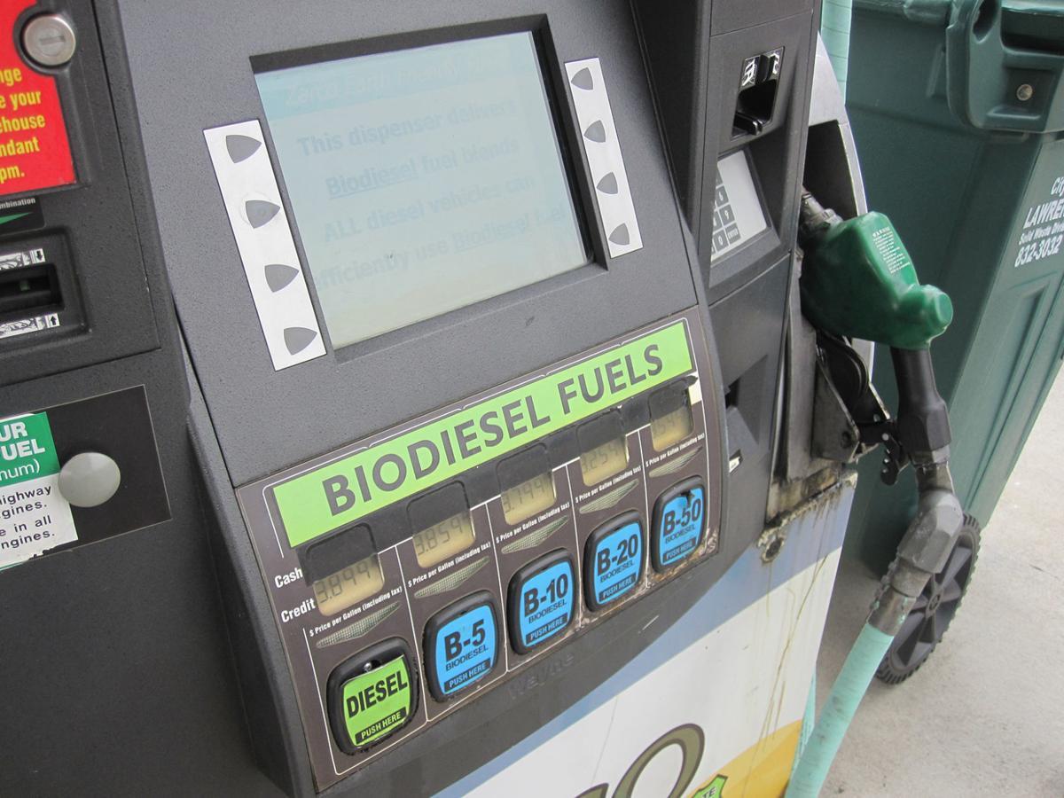 Si no puedes con tu enemigo, súmate a él ¿Cómo logró California que las refinerías de petróleo se reconviertan a biocombustibles?