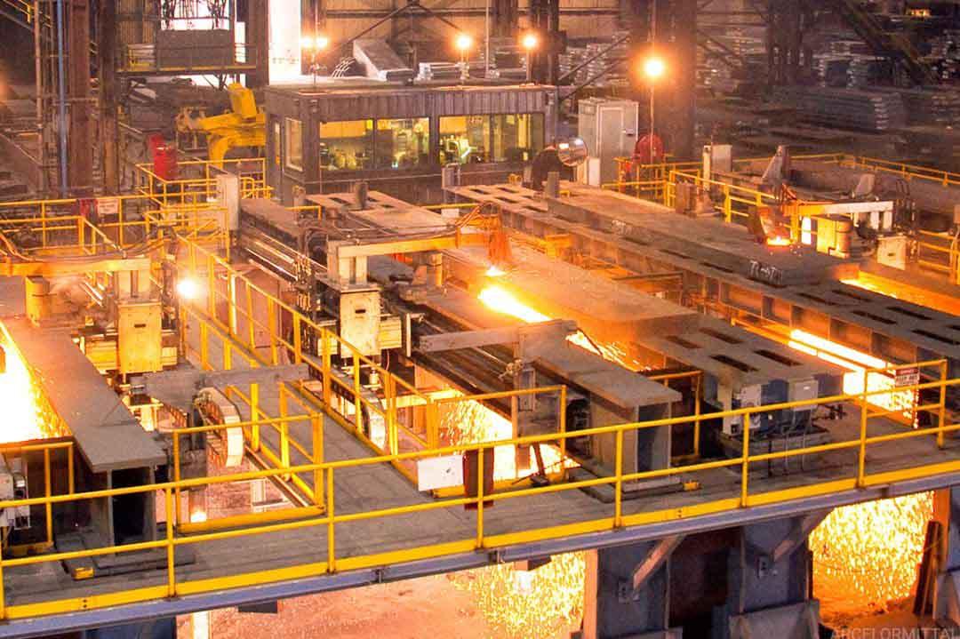 Hidrógeno, el elemento clave con el que ArcelorMittal producirá 'acero verde'