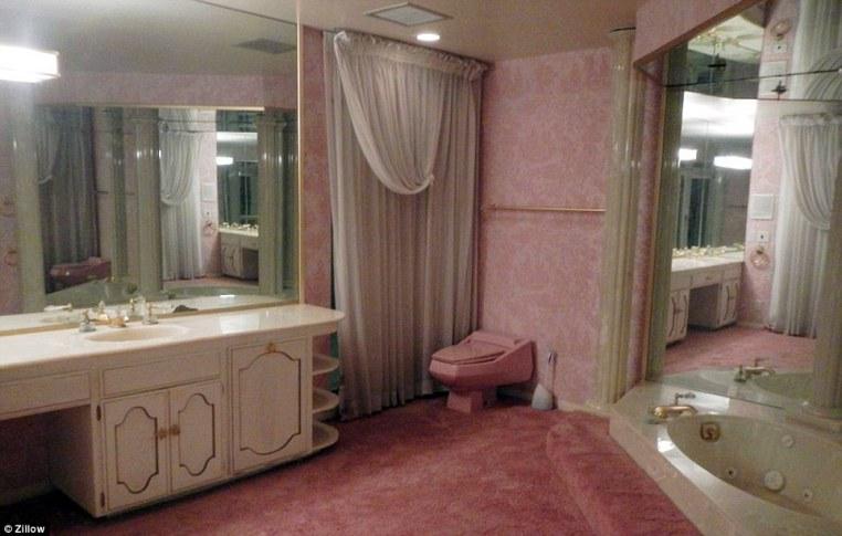 bathroom-carpet