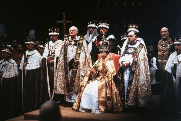 Here's what you need to know about what will happen to the british royal family and the commonwealth when queen el. Queen Elizabeth II - Family Tree, Coronation & Reign
