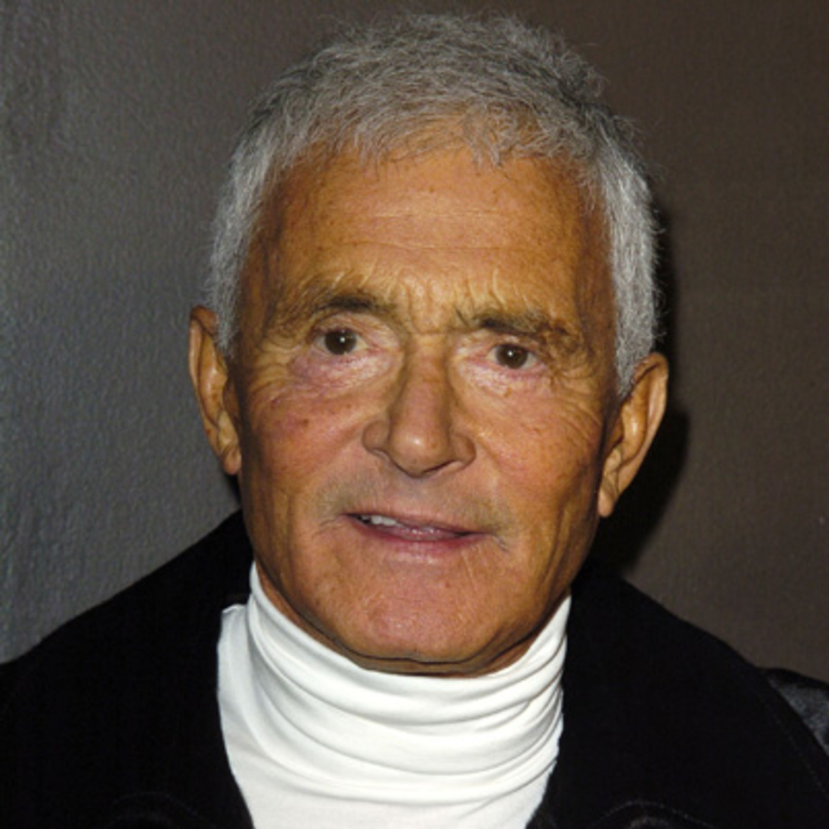 Vidal Sassoon Biography