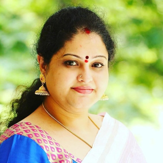 Raasi Age, Wiki, Biography, Family, Height, Net Worth, Husband, Images