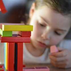 Comment entretenir les jouets de nos enfants