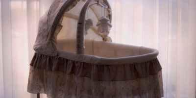 Les berceaux : Focus berceaux en boiset lits parapluies