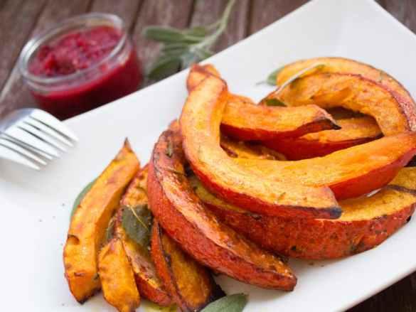 Baked pumpkin and roasted seeds | Pieczona dynia i prażone pestki