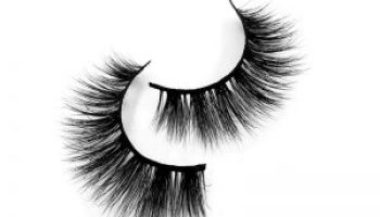 Easy to learn eyelashes in three steps (it is impossible!)