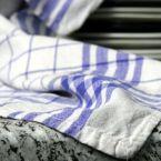 """Οι πετσέτες κουζίνας """"μπορούν να προκαλέσουν τροφική δηλητηρίαση"""""""