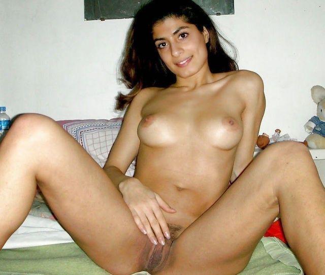Arabian Naked Womans