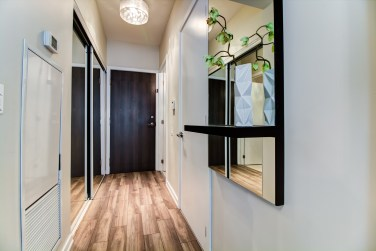 103TheQueensway#812_002