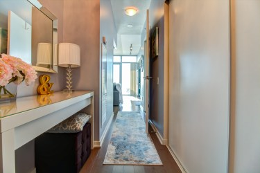 105TheQueensway#805_001