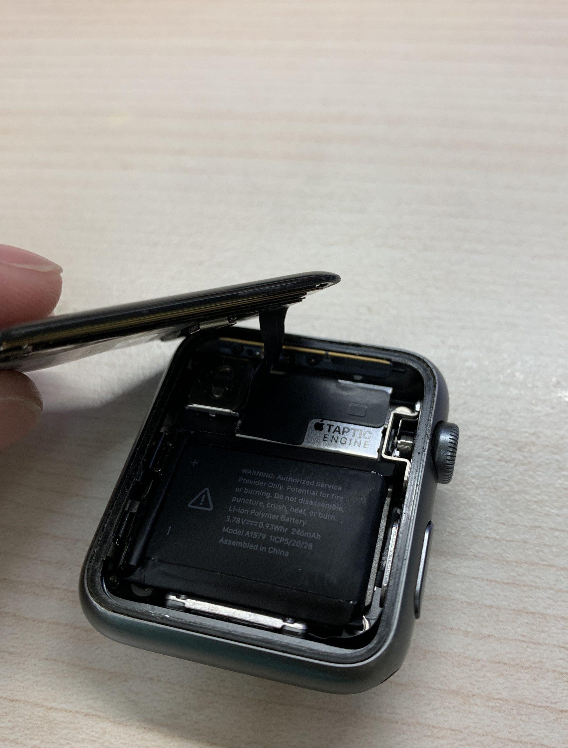 Apple Watch 電池更換三十分鐘快速完修 - 笨鳥慢飛