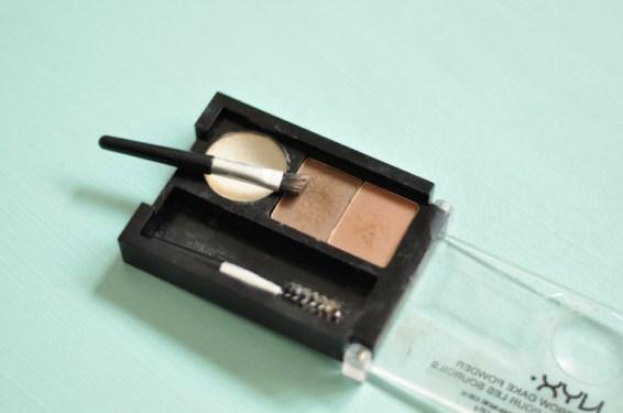 Le kit pour les sourcils de NYX, un super produit pour fixer et étoffer ses sourcils! Coup de coeur sur le blog beauté Birds & Bicycles