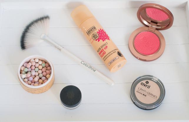 Un make-up du teint avec des cosmétiques naturels sur le blog beauté & lifestyle Birds & Bicycles