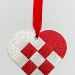 scandinavian heart tag