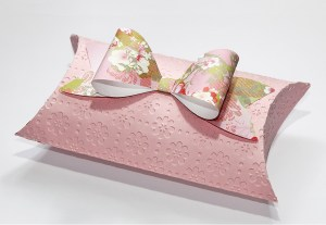 Pillow Box and Paper Bow