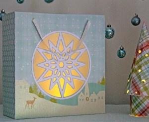 snowflake-window-gift-bag-lit