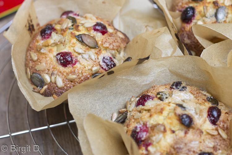 Knusper-Muffins mit Apfel & Cranberries