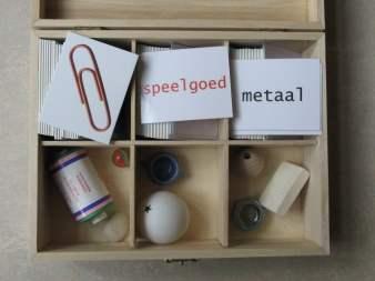 Onderdeel van leskist 'Dingen', over ontwerpen. Voor de middenbouw.
