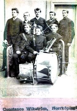 Gustaf Krantz sittande nedre raden till vänster