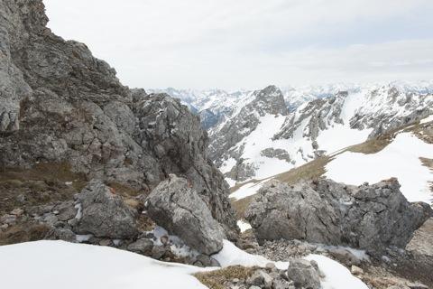 Bild: Auf der Westlichen Karwendelspitze. NIKON D700 mit CARL ZEISS Distagon T* 3,5/18 ZF.2 ¦¦ ISO200 ¦ f/22 ¦ 1/125 s ¦ FX 18 mm.
