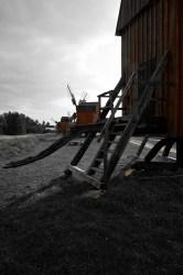 Bild: Abendstimmung an den Windmühlen von Lerkaka auf der Insel Oland mit NIKON D700 und AF-S NIKKOR 24-120 mm 1:4G ED VR.