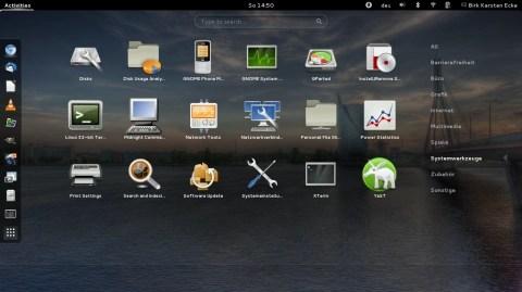 Bild: Der GNOME 3 Desktop von openSuSE auf einem Acer Aspire One 756.