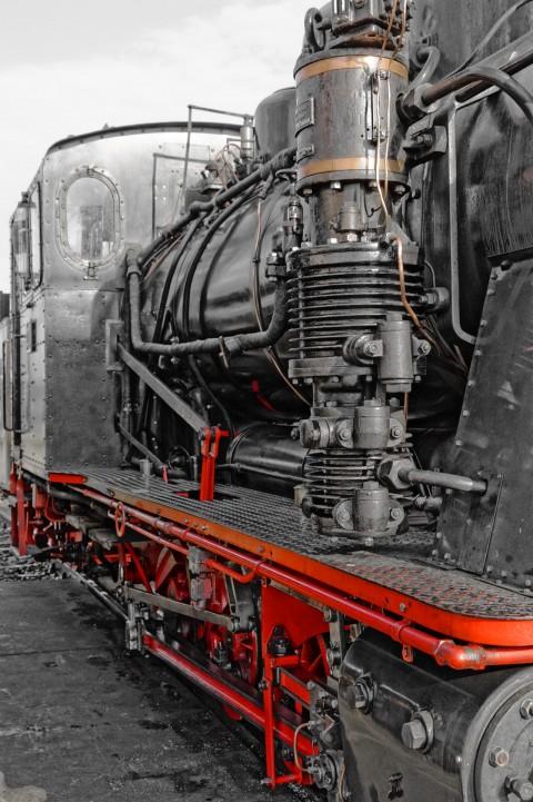 Bild: Mächtig unter Dampf - Dampflok an der MaLoWa in Klostermansfeld. ISO 200 ¦ f/7,1 ¦ 44 mm ¦ 1/160 s ¦ kein Blitz. Klicken Sie auf das Bild um es zu vergrößern.