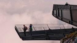 Bild: Die imposanten Aussichtsplattformen AlspiX unterhalb der Alpspitze - für schwindelfreie Genießer. NIKON D700 mit TAMRON SP 24-70mm F/2.8 Di VC USD. ISO 200 ¦ f/7,1 ¦ 50 mm ¦ 1/640 s ¦ kein Blitz. Klicken Sie auf das Bild um es zu vergrößern.