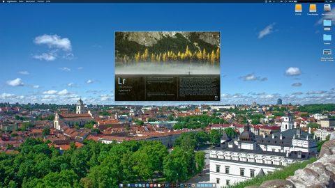 Bild: Zuerst einmal Adobe Lightroom 6 starten. Der Startbildschirm mit den Copyright Informationen und der Auflistung, wer an diesem Programm mitgewirkt hat, hat Tradition.